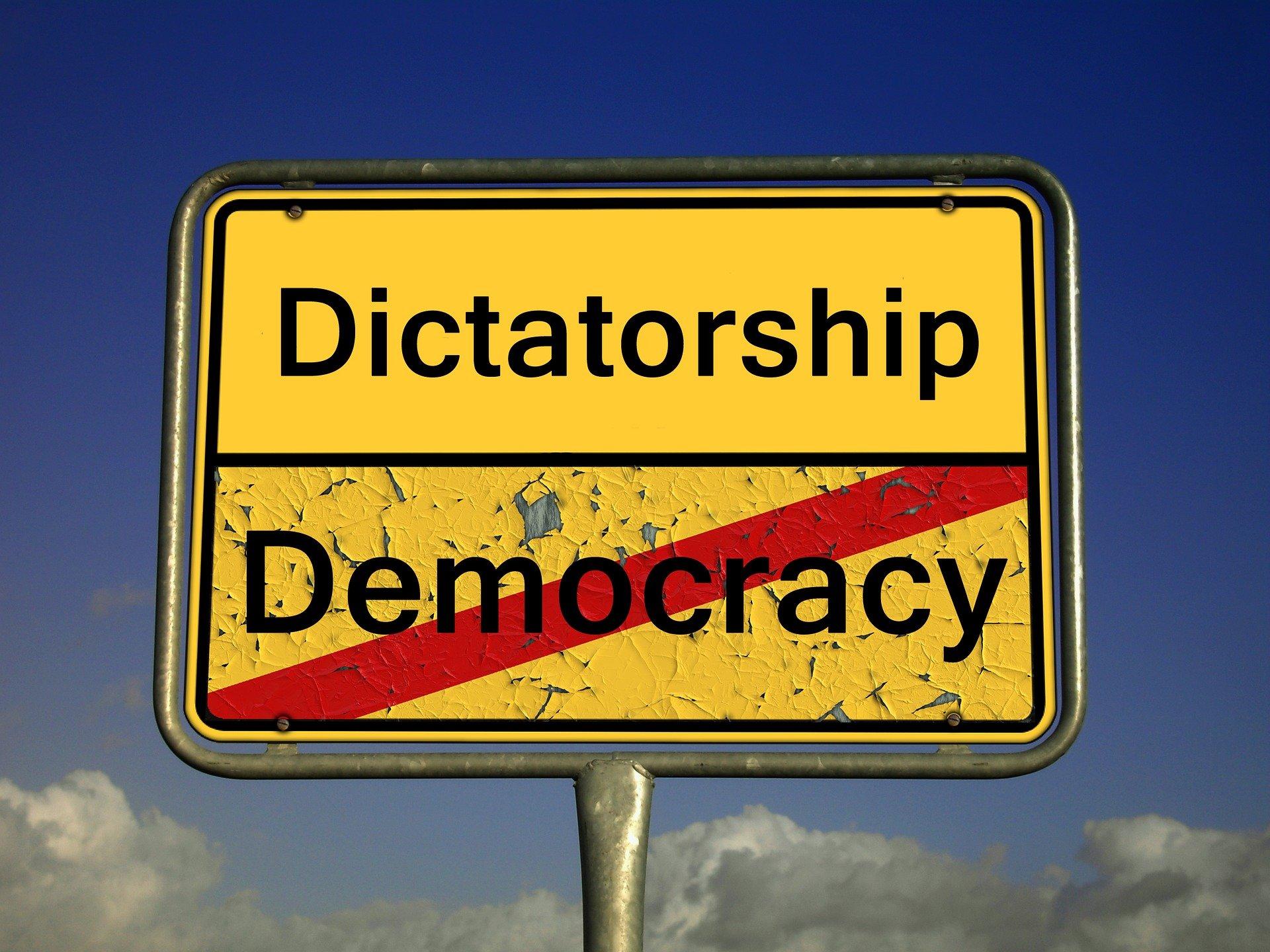 DEMOCRATISATION :                                              MILLENNIUM PROJECT CHALLENGE 4